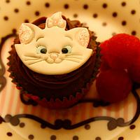 Aristocats Marie Chocolate Cupcakes and Raspberry