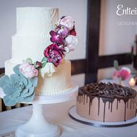 Scalloped Buttercream Wedding Cake