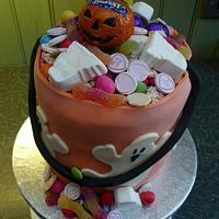 Quick Fun Trick or Treat Bucket by silky_nics