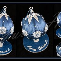 Giant 3D Midnight Blue & Silver Christmas Bauble