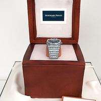 A gift watch cake .