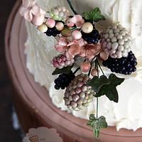 Rustic Wedding Cake by Sweet Treasures (Ann)