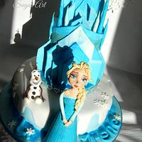Elsa and her iced Castle!!!