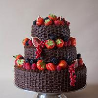 Chocolate fruit basket wedding cake