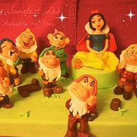 Snow white and the seven dwarfs!! by Antonella