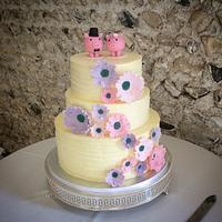 Piggies wedding cake