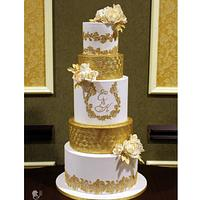 White & Gold Wedding Cake
