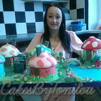 Smurf village cake