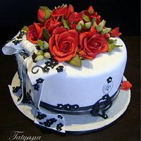 Cake with red roses by Tatyana Cakes