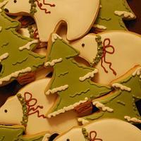 Polar Bear & Snowy Tree Cookies! by Loren Ebert