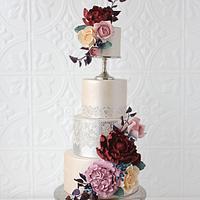 Moody Metallic Pedestal Cake by Jen La - JENLA Cake
