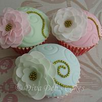 Vintage Flower Cupcakes by Deborah Roberts