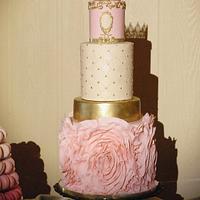 Glamorous Pink and Gold Wedding Cake