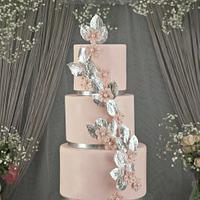 Romantic sakura weeding cake