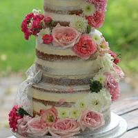 naked wedding cake :