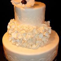 A RUFFLE WEDDING CAKE