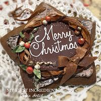 Gingerbread with edible fabric wreath