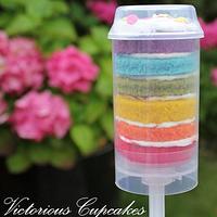 Rainbow cake push up