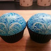 China blue cupcakes