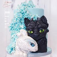 Toothless and lightFurie cake