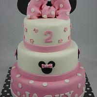 Sweet minnie ears cake