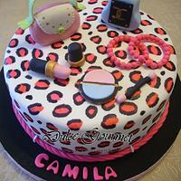 Leopard print  fashion cake for a young girl´s birthday