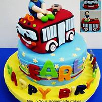 Wheels of the Bus Themed Cake