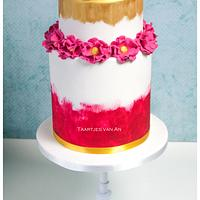 Golden weddingcake