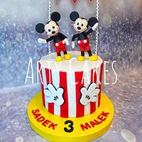 Mickey mouse twin cake