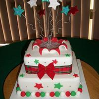 Christmas Centre Piece Cake by Sarah