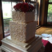 Molded lace wedding cake