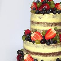 Naked cake & fresh fruit