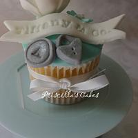 Tiffany inspired cupcake