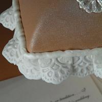 Pillow cake by Teresa Frye