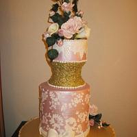 Vintage metallic and pink cake