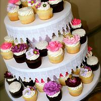 Bridal Shower Floral Cupcakes