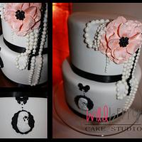 Pretty 21st cake with skull cameo
