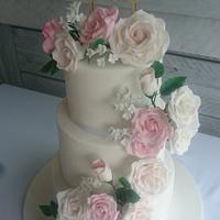 Romantic blush rose wedding cake