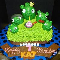 """Pigs Rule !"" Angry Birds Birthday"