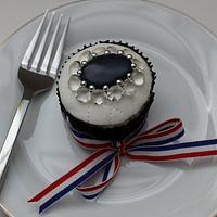 Cupcakes to celebrate the Royal wedding