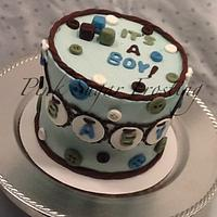 BABY ANNOUNCEMENT CAKE  by pink sugar frosting