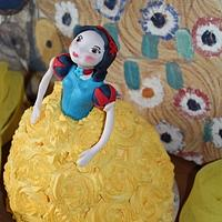 Snow white for little Wiebke!