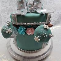 Gift box/xmas birthday cake
