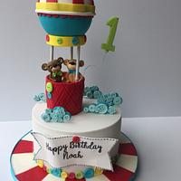 Hot air balloon 1st birthday cake