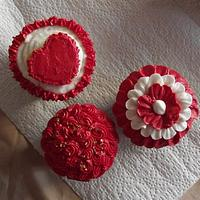 Rosettes, Ruffles, and Heart Cupcakes