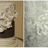Wedding cake to match dress