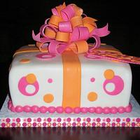 Orange and Pink Present cake