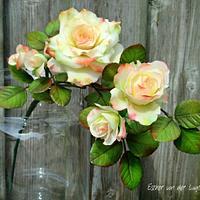 "Rambling Roses - "" The World of Sugar Flowers Tribute"""