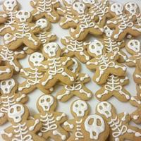 Happy Halloween! Gingerbread skeletons