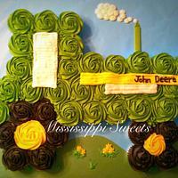 John Deere Cupcake Cake